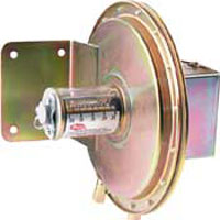 Series 1630 Large Diaphragm Pressure Switches