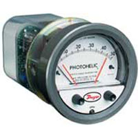 Series 3000SGT Photohelic® Pressure Switch/Gage with Integral Transmitter