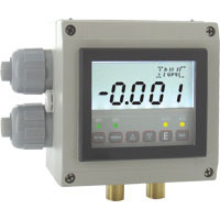 Series DHII Digihelic® Differential Pressure Controller
